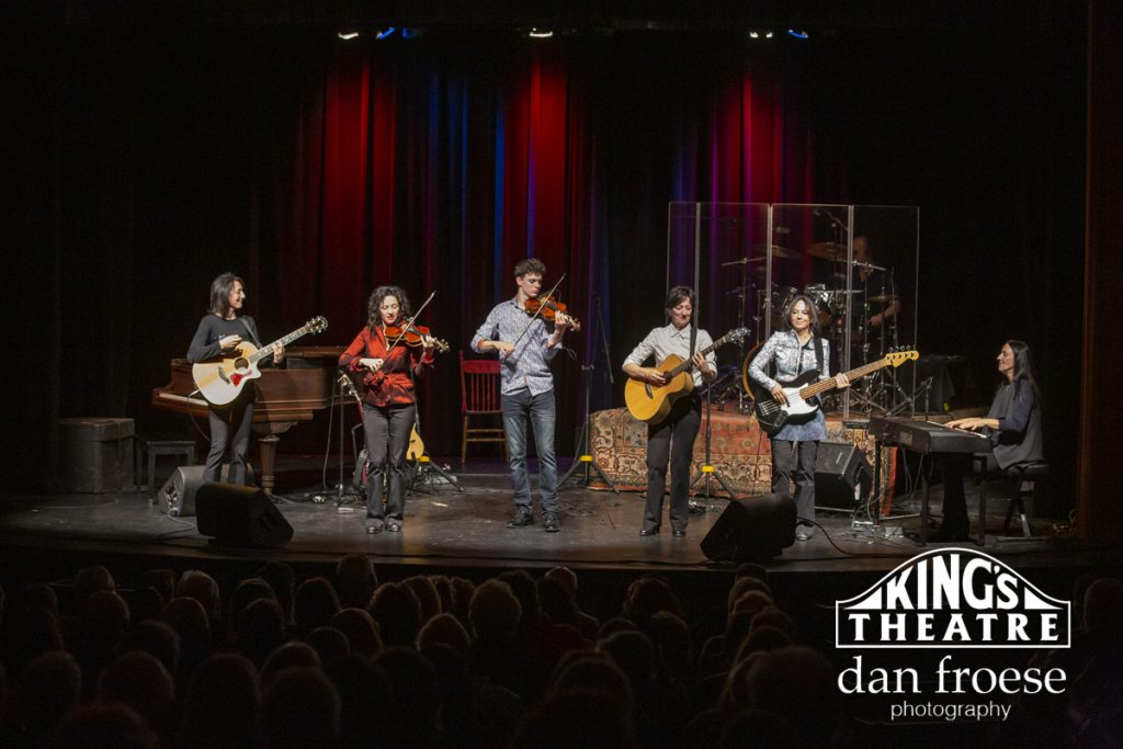 DanFroese-KingsTheatre-Leahy-0477